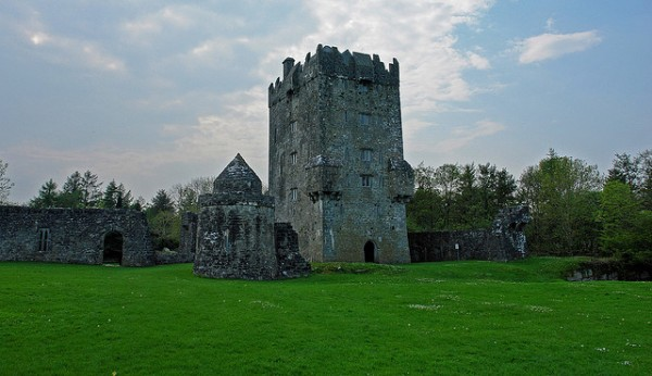Aughnanure Castle, ©chrispd1975/Flickr