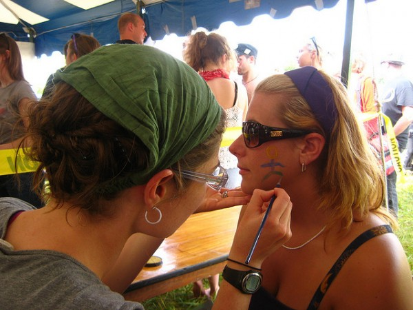 Face painting, ©Flare/Flickr